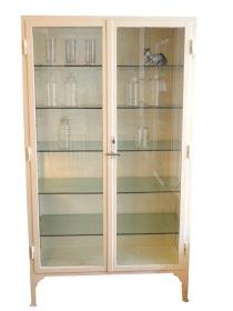 pharmacy cabinet_1